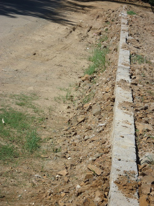 Hàng gạch xin được cấp giấy phép xây dựng.