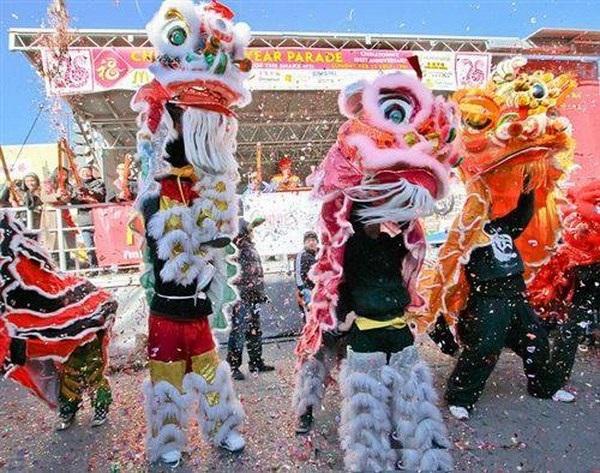Hai anh em dành tình yêu lớn với múa lân vovinam. Đó cũng là cách họ giữ hồn Tết Việt.