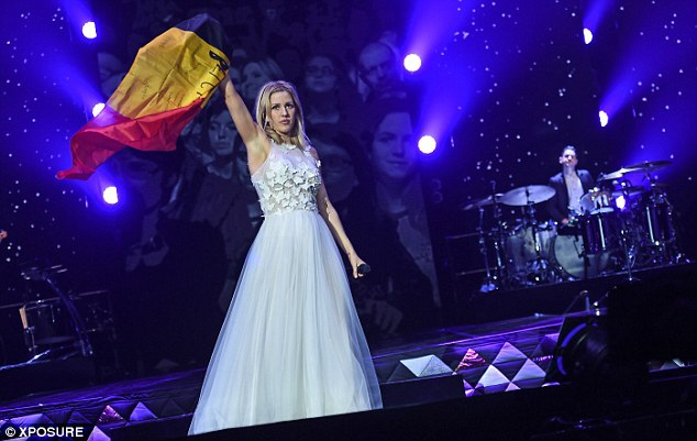 Ellie từng được mời biểu diễn trong lễ cưới của hoàng tử William hồi năm 2011