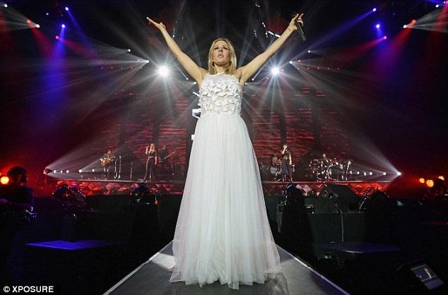 Nữ ca sỹ này từng có phát hành 3 album khá thành công