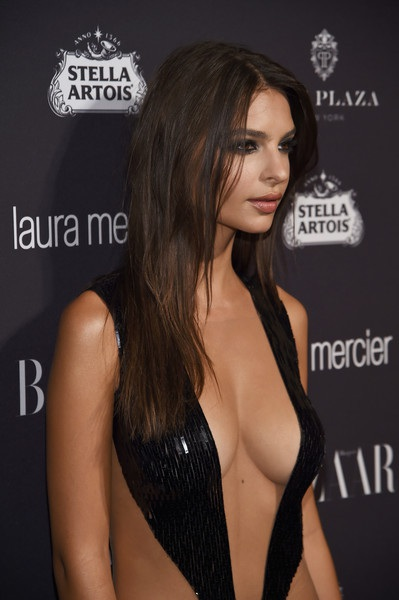 Siêu mẫu áo tắm nổi bật trong sự kiện tại tuần lễ thời trang New York