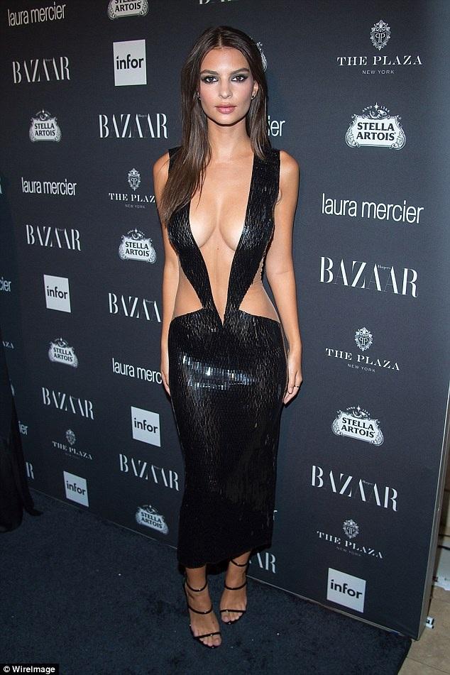 Người đẹp 25 tuổi rất tự tin vào vóc dáng của mình, cô thường diện những trang phục rất mát mẻ dự các sự kiện.