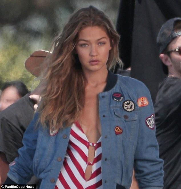 Người mẫu tóc vàng đang nổi lên như 1 hiện tượng mới trong làng mẫu quốc tế