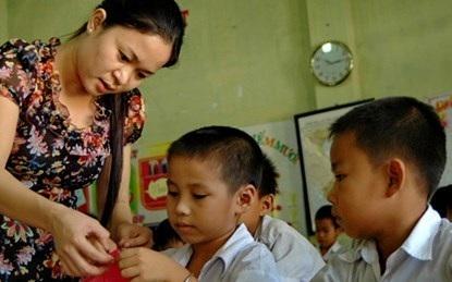 Bến Tre: Hỗ trợ tiền Tết cho giáo viên 400.000 đồng/người - 1