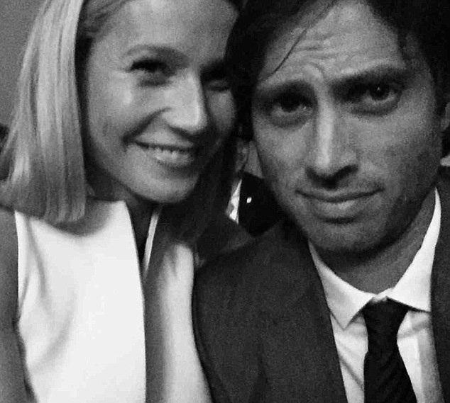 Tình yêu với Brad càng khiến Gwyneth thêm trẻ đẹp và tươi tắn.