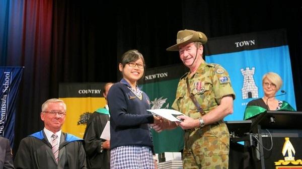 Cô gái Việt là đại diện trẻ tuổi của bang Victoria tham dự Hội nghị Bang thảo luận tình hình tài chính kinh tế của Australia.