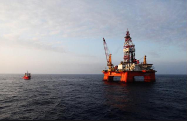 Năm 2014, Trung Quốc từng đưa trái phép giàn khoan Hải Dương 981 vào sâu vùng đặc quyền kinh tế của Việt Nam. (Ảnh: AP)