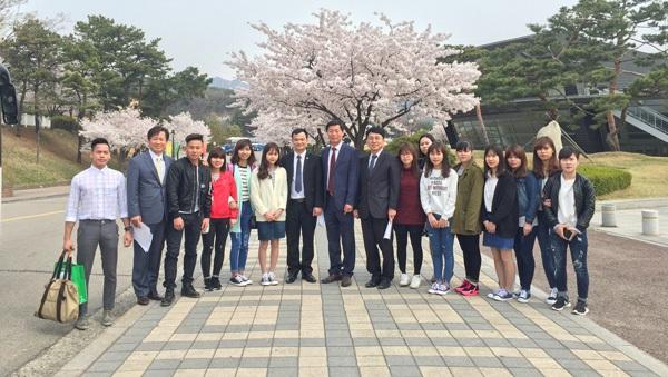 BGH HPC thăm du học sinh đang học tập tại ĐH Kyonggi (Hàn Quốc)