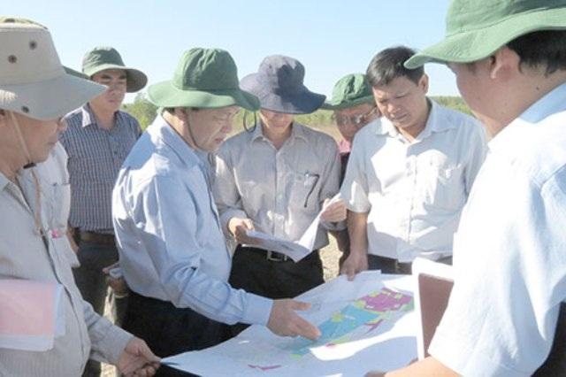 Chủ tịch UBND tỉnh Bình Thuận kiểm tra thực địa sân bay Phan Thiết (ảnh tư liệu)