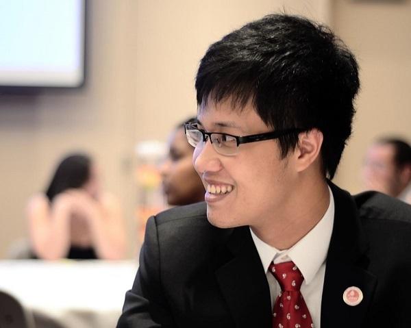 Hoàng Khánh là một trong số ít ứng cử viên Việt Nam tham gia và trúng tuyển chương trình Cử nhân Luật (Juris Doctor) tại Harvard.