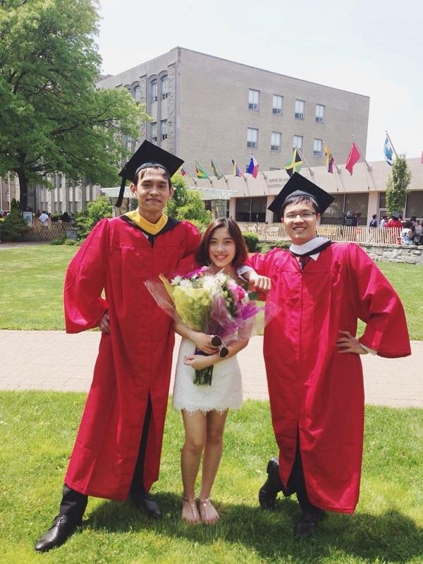 Hoàng Khánh (phải) tốt nghiệp Đại học loại Ưu – chương trình vinh danh với điểm trung bình tốt nghiệp GPA 3.93/4.0 tại ĐH St. Johns, Mỹ.