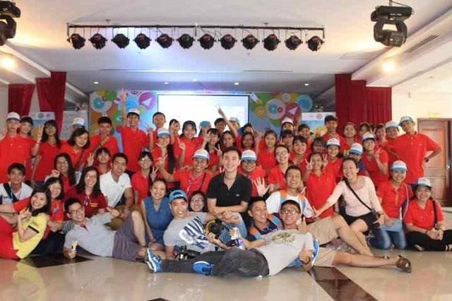 Chàng trai Bến Tre tham gia chương trình Trại hè sáng tạo do Lãnh sự quán Hoa Kỳ tổ chức cho các em học sinh nghèo vùng Đồng bằng sông Cửu Long.