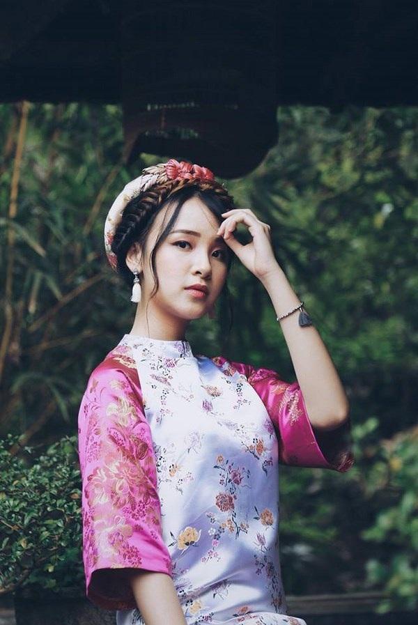 Hiện tại, Thảo đang trong kì nghỉ về Việt Nam trong thời gian 1 tháng.