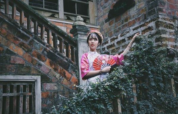 Á khôi du học sinh Việt biết chơi đàn piano và đàn nhị, có sở thích nhảy hiện đại, võ Aikido và diễn ảo thuật.