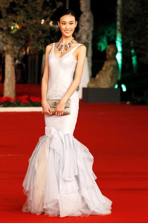 Tần Thư Bồi đã lập gia đình với một đại gia trong làng giải trí Hoa ngữ.