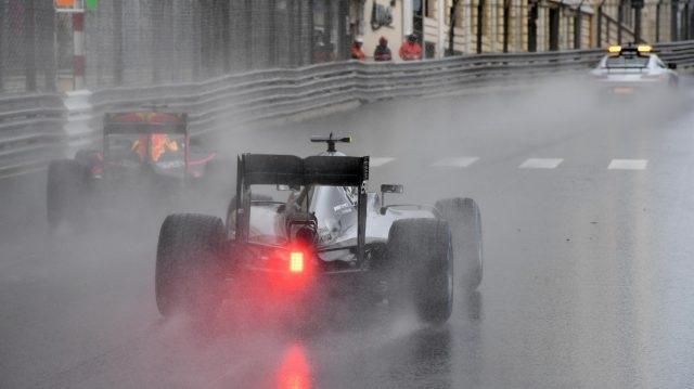 Lewis Hamilton khẳng định đẳng cấp nhà vô địch - 10