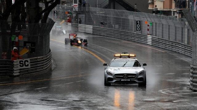 Lewis Hamilton khẳng định đẳng cấp nhà vô địch - 2