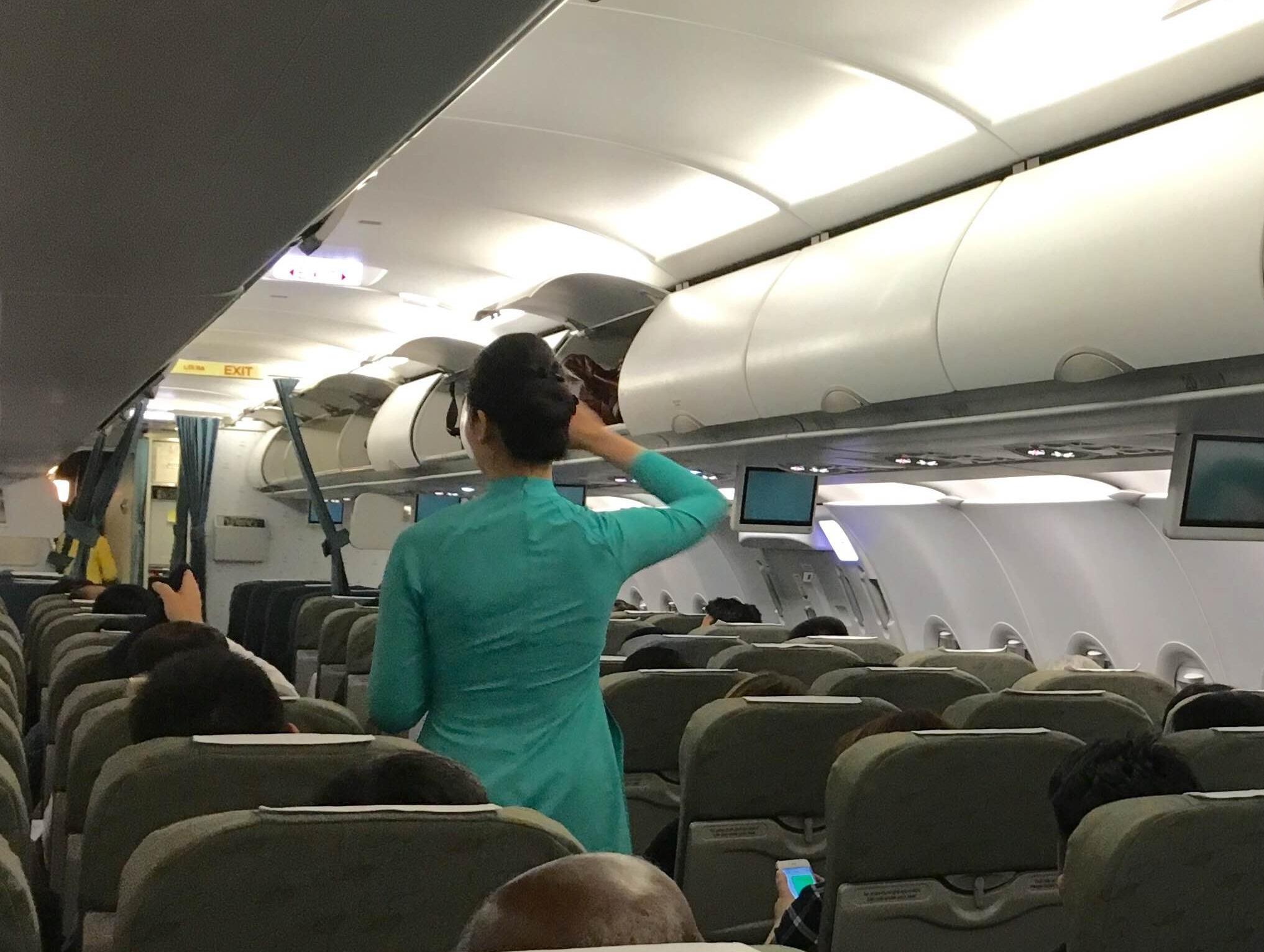 Tiếp viên trên chuyến bay của Vietnam Airlines (ảnh minh họa)