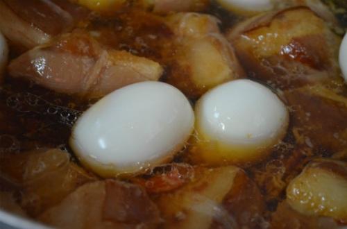 Thưởng thức món ăn không thể thiếu trên bàn tiệc của người Sài Gòn - 2