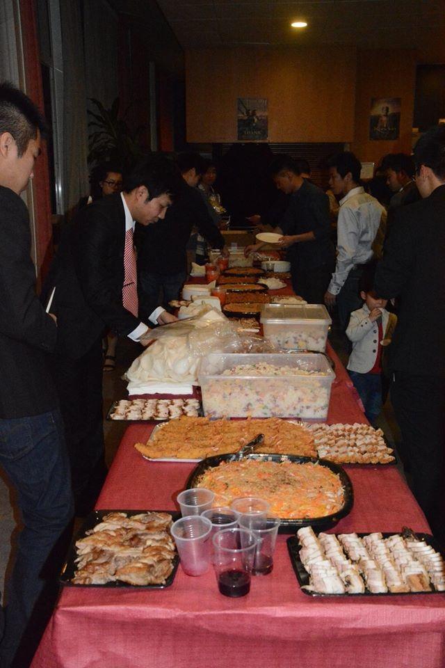 Buffet với những món ăn đậm hương vị Việt Nam được BTC chuẩn bị rất chu đáo
