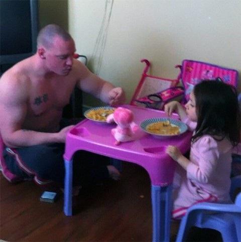 Những khoảnh khắc đáng ngưỡng mộ về bố và con gái - 7