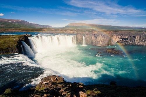 """Điểm danh những thác nước có """"vẻ đẹp lôi cuốn"""" - 1"""