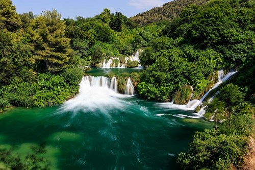 """Điểm danh những thác nước có """"vẻ đẹp lôi cuốn"""" - 5"""