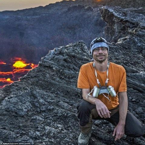 """""""Cánh đồng vàng"""" núi lửa đẹp như mơ ở Ethiopia - 7"""