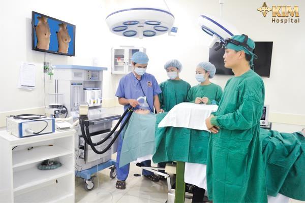 Nâng ngực nội soi 3D: Đừng bỏ qua những lưu ý quan trọng - 2