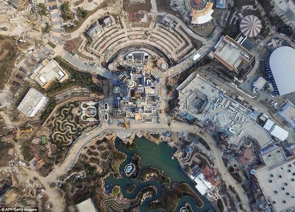 Ảnh chụp trên không về Disneyland Thượng Hải: Cháy vé khai mạc chỉ trong vài giờ - 7