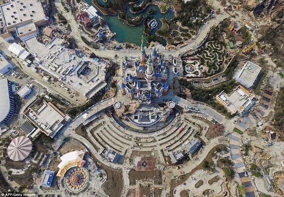 Ảnh chụp trên không về Disneyland Thượng Hải: Cháy vé khai mạc chỉ trong vài giờ - 9
