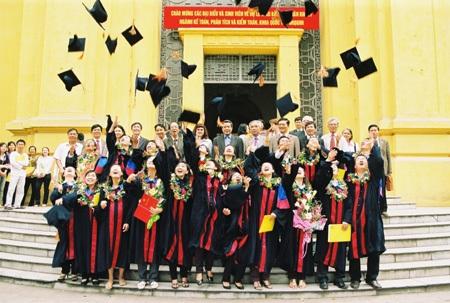 Bài toán khó đang chờ lời giải ở tân Bộ trưởng Bộ Giáo dục Phùng Xuân Nhạ - 2