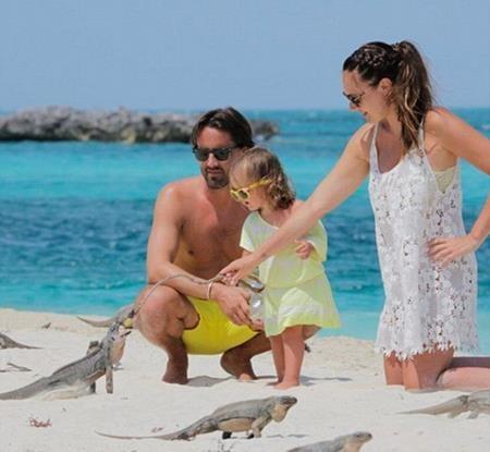 Tamara Ecclestone khẳng định lại hạnh phúc gia đình