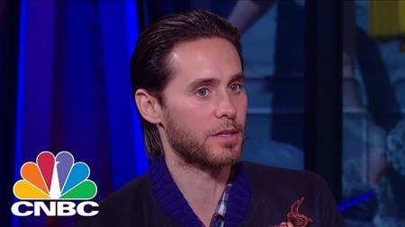 """Jared Leto xuất hiện trong chương trình """"Squawk box"""""""