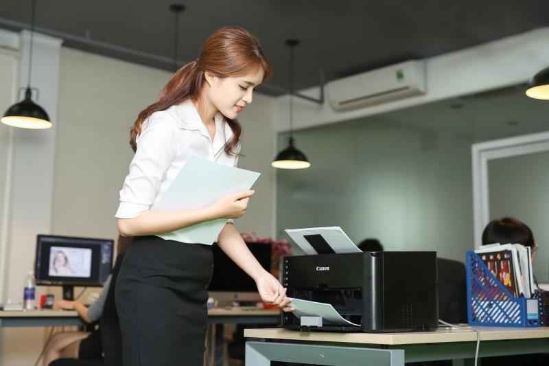 Tâm sự của một nữ nhân viên văn phòng về Canon LBP151dw  - Ảnh 4.