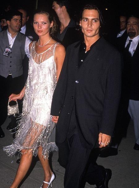 … Kate Moss đều đã từng hẹn hò Johnny Depp