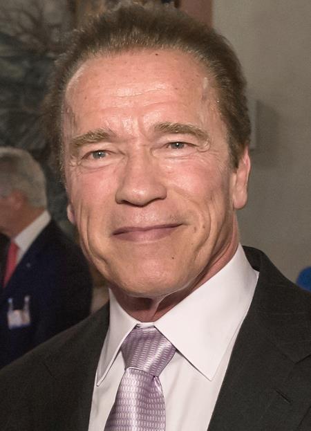 Arnold Schwarzenegger cũng là một ngôi sao điện ảnh theo đuổi sự nghiệp chính trị