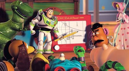 Vốn chỉ là một dự án phim được sản xuất để làm thành video nhưng cuối cùng, Toy story 2 lại gặt hái được thành công rực rỡ không kém phần phim đầu tiên. Bộ phim đã được đề cử một giải Oscar cho Ca khúc trong phim hay nhất và giành một giải Quả Cầu Vàng cho hạng mục Phim ca nhạc/phim hài hay nhất.