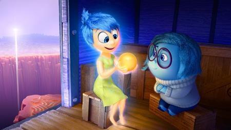 """""""Inside Out là tác phẩm gần đây nhất của Pixar giành được giải Oscar cho Phim hoạt hình xuất sắc nhất. Không chỉ lập kỷ lục doanh thu phòng vé ngay trong tuần đầu tiên ra mắt, bộ phim còn được đánh giá là một trong những kiệt tác tuyệt vời nhất của hãng."""