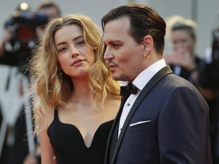 Amber Heard rất tự tin trong cuộc chiến kim tiền cùng Johnny Depp
