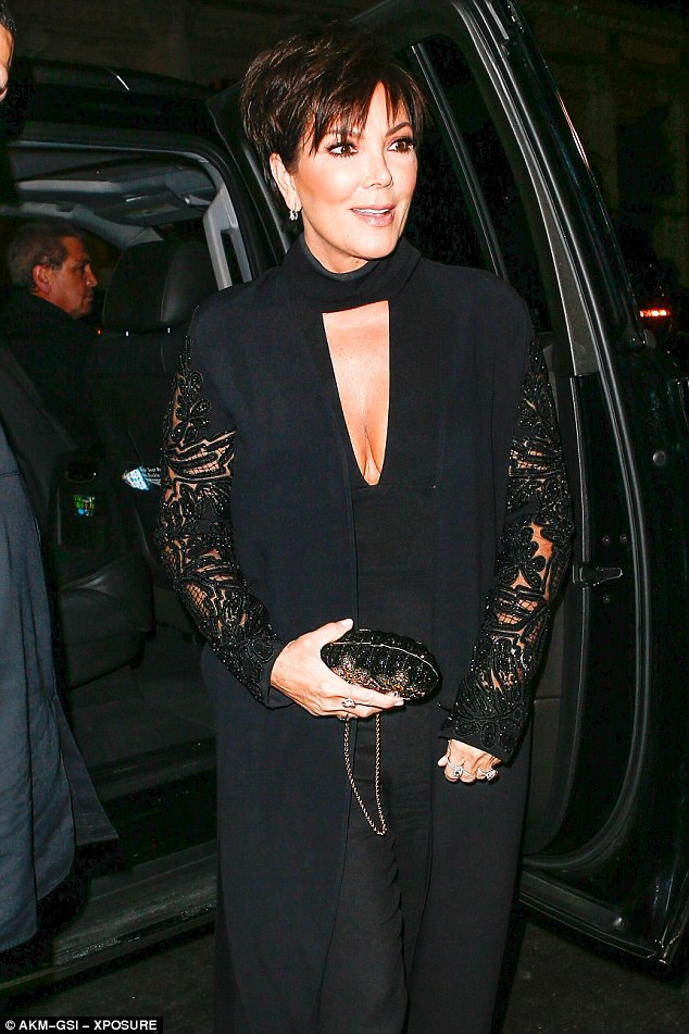 Bà Kris Jenner không bỏ lỡ sự kiện của hai con