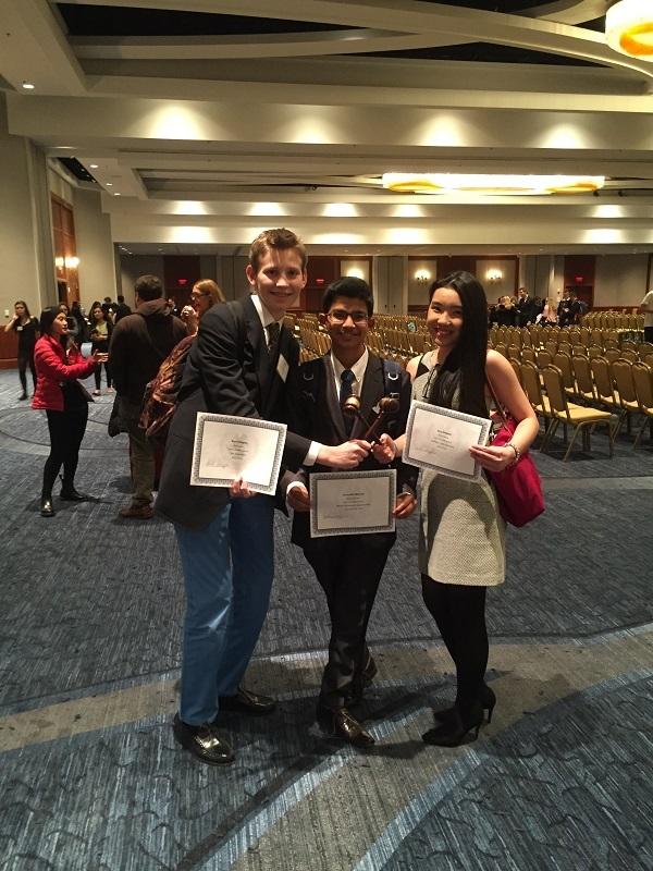 Cô gái 9X xuất sắc giành nhiều giải thưởng về học tập tại Mỹ