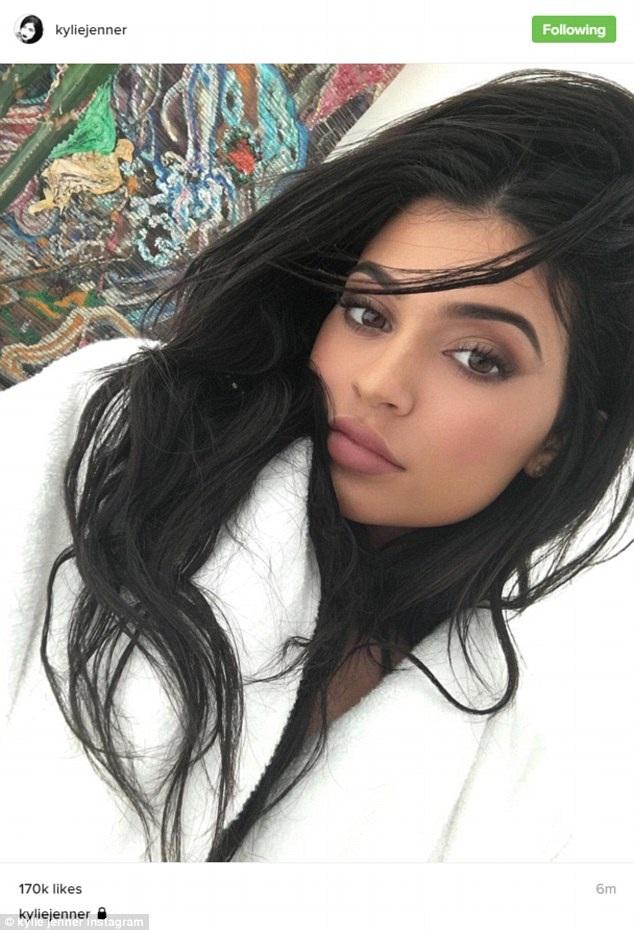 Không thua kém bất cứ thành viên nào trong gia đình, mới đây Kylie được trả cát sê 1 triệu đô để quảng cáo cho nhãn hiệu Puma