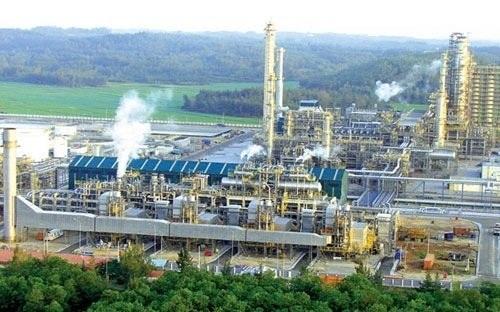 Nhà máy lọc dầu Dung Quất (ảnh minh họa)