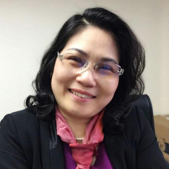Bà Lê Thị Thanh Mai, phụ huynh có 2 con đã theo học trung học nội trú tại Anh quốc
