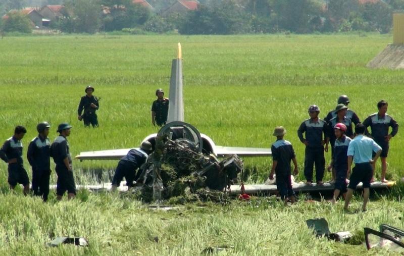 Máy bay quân sự rơi tại Phú Yên, một chiến sĩ hy sinh - 8