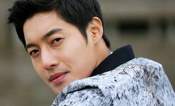 Kim Hyun Joong đã không thể giành quyền nuôi con trai.