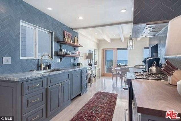 Với cát sê 2,5 triệu đô cho vai Jack trong phim Titanic, Leo đã chi mạnh để mua ngôi nhà sang này