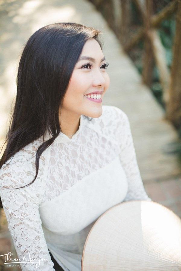 Hoa khôi DHS Việt: Diện áo dài đi học mỗi dịp Tết xa nhà - 12