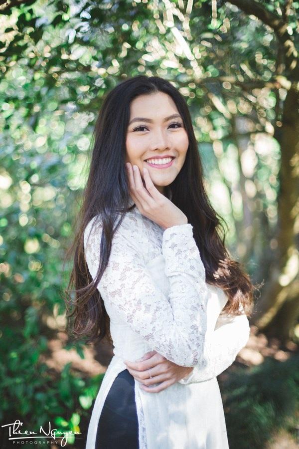 Cô gái đến từ TP Hồ Chí Minh không chỉ xinh đẹp mà còn có thành tích học tập đáng ngưỡng mộ tại Mỹ.